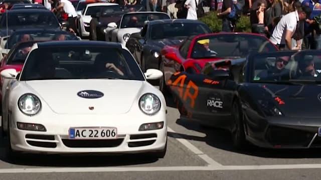 Cool Car Race in Klampenborg next to Bakken in 2014_