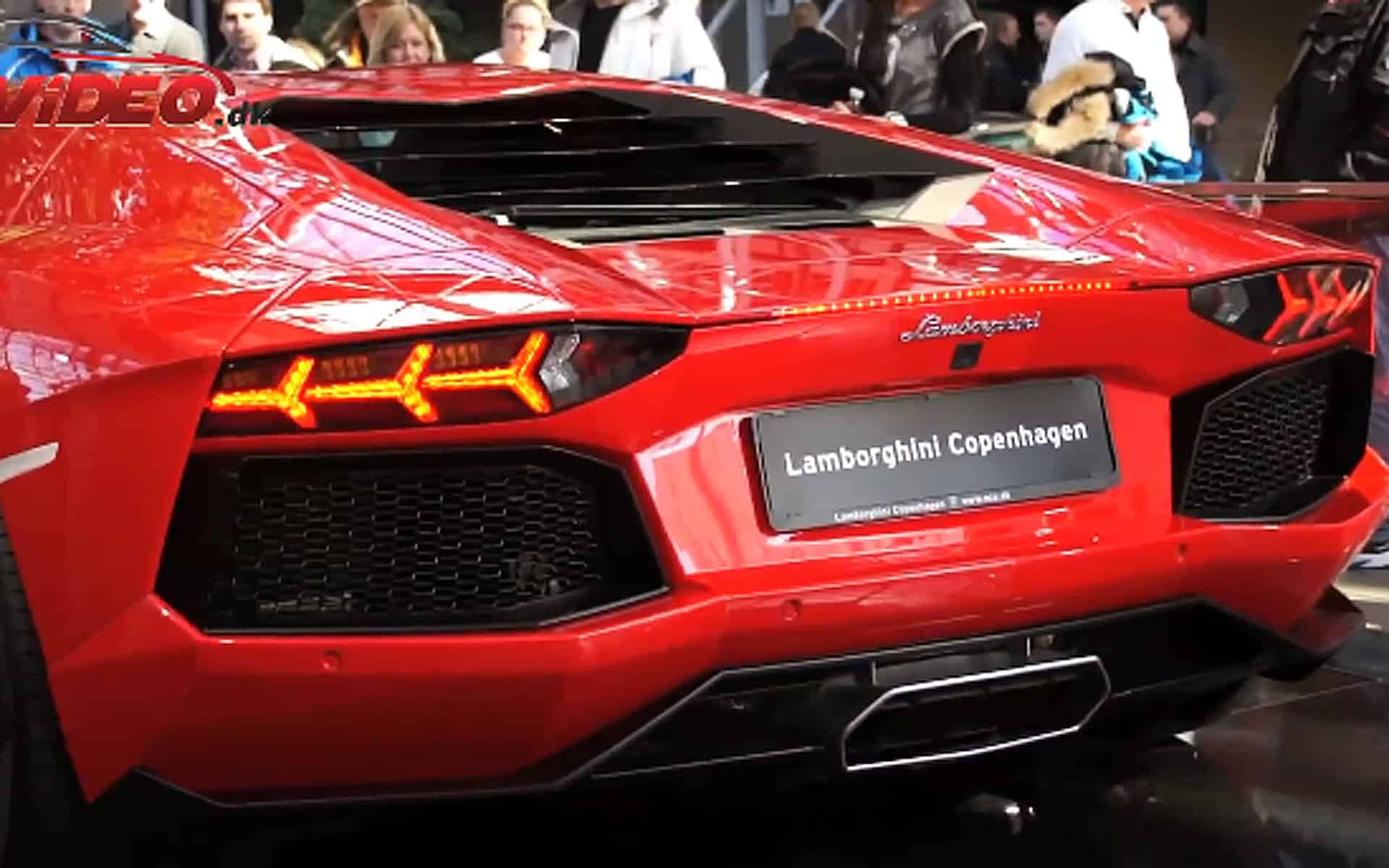 Lamborghini Aventador VS Gallardo Exhaust Sound Duel