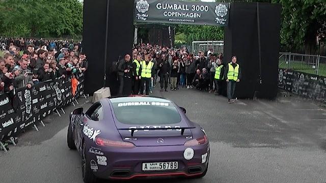 Supercars arriving Rosenborg Castle during Gumball 3000, Copenhagen 2015
